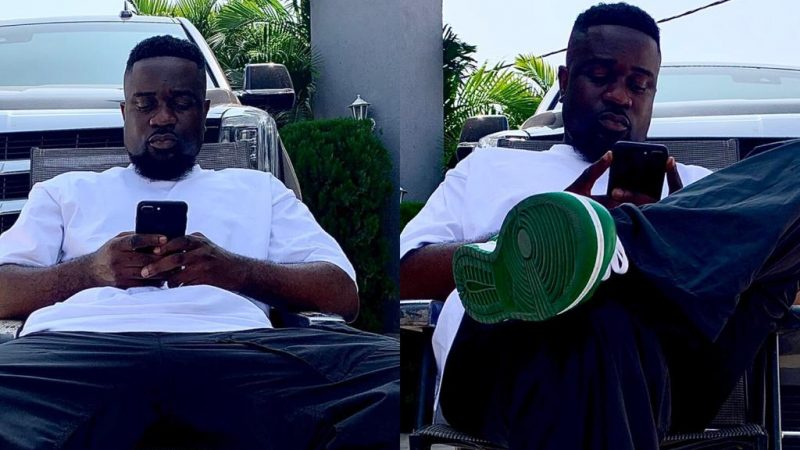 Sarkodie Puts One Of His Powerful Cars On Display In New Photos