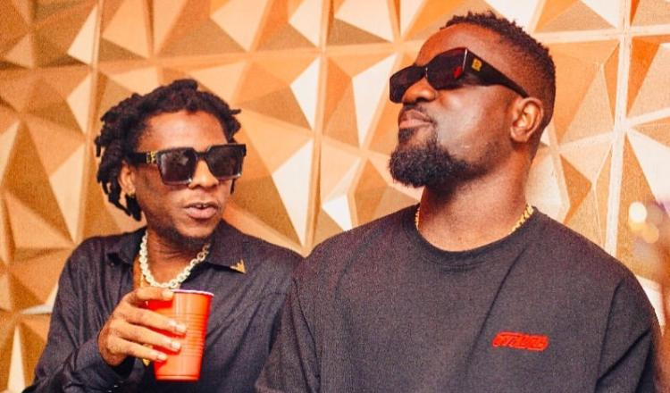 Sarkodie Refused To Take My Fanta  – Mugeez Shares A Hilarious Incident Between Him And Sarkodie In The Club